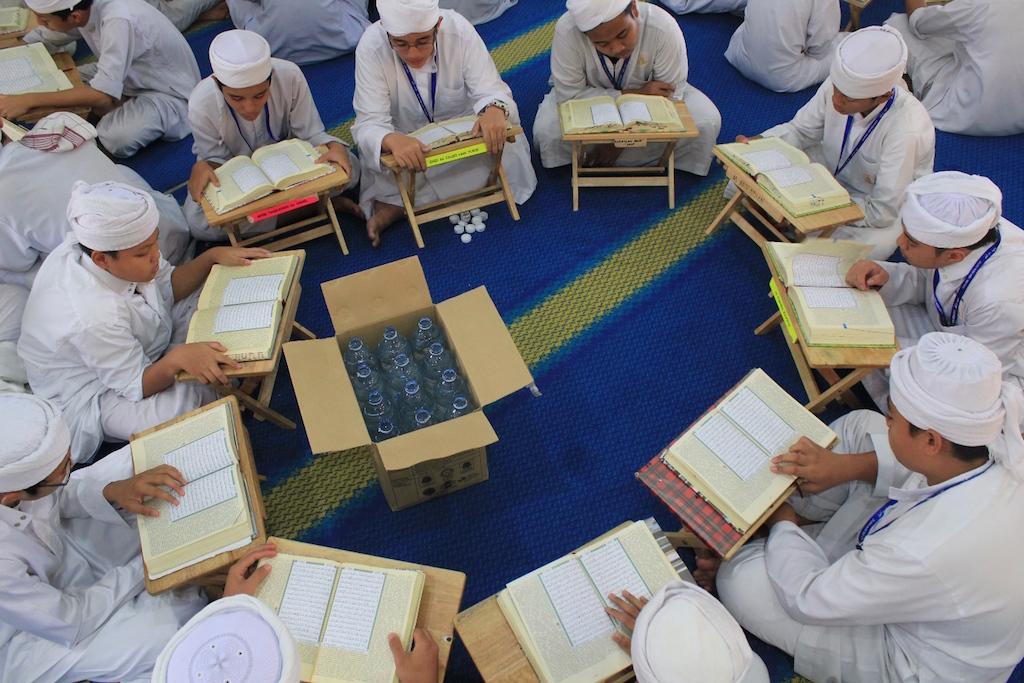 Pewasiat boleh mewasiatkan tunai atau bangunan atau tanah bagi pembenaan dan pembesaran sekolah tahfiq quran